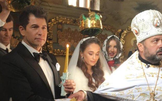 Бывшая Джеджулы пришла на его свадьбу в странном наряде