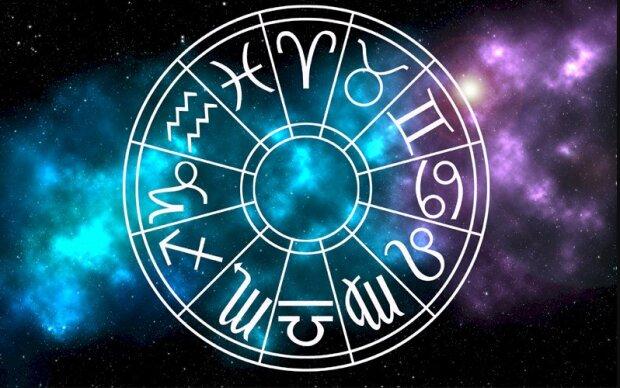 Гороскоп на 24 февраля для всех знаков Зодиака советует быть внимательными Рыбам и выявлять новые таланты Ракам