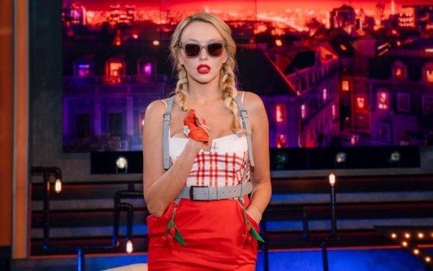 Гарячіше за сонце: Полякова в бікіні показала, як треба виглядати в 34