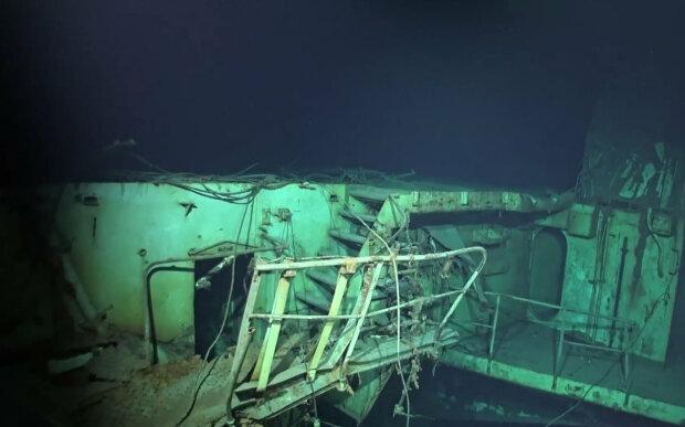 На морському дні знайшли потоплений японським камікадзе перший авіаносець США: вражаючі кадри