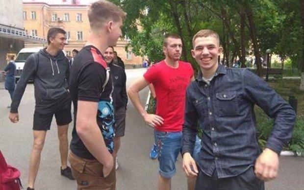 """Горькая ирония: Студенткам """"Могилянки"""" силой не дали провести акцию против насилия"""