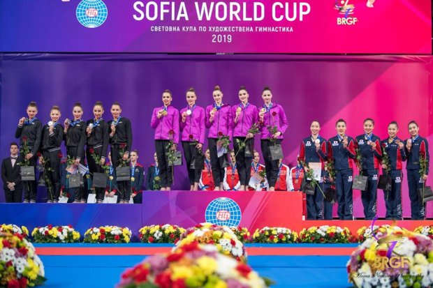 Украинские гимнастки триумфально выступили на Кубке мира и выбороли золото