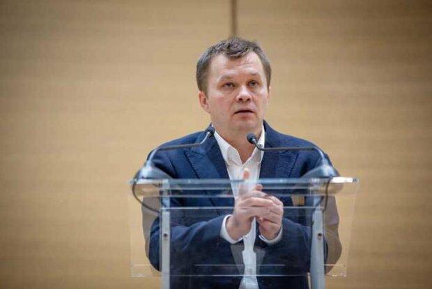 Милованов не знает, что собирается приватизировать: простой вопрос поставил в тупик министра