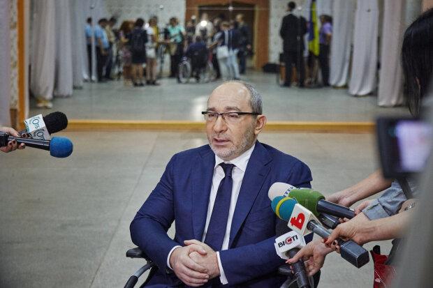 Прокуроры по делу Кернеса резко сняли мантии: судить мэра Харькова теперь некому
