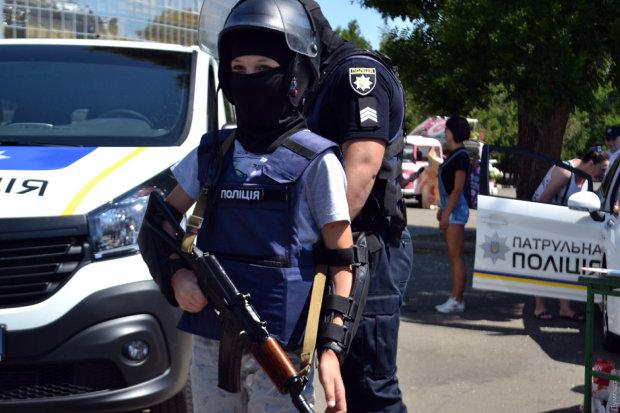 Десятки копов и перекрыта улица: в Киеве схватили человека Кадырова