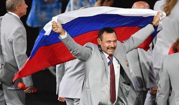 Білорусу з російським триколором на Паралімпіаді подарують квартиру