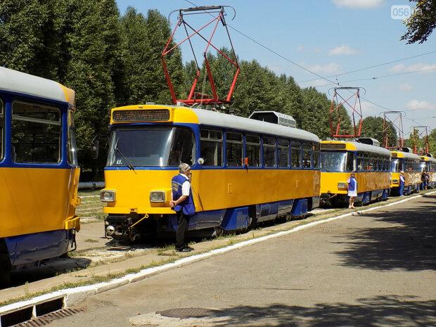 """Одессит упал под трамвай, """"зажевал и тянул"""": люди поседели от увиденного, дикие кадры"""