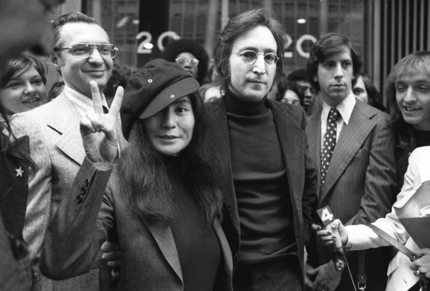 Не страждав: вбивця Джона Леннона зробив несподівану заяву