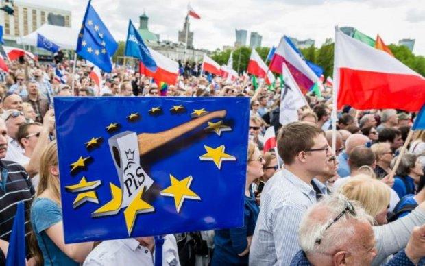 Доиграетесь: Польша рискует попасть в немилость к ЕС