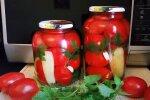 Мариновані помідори, скріншот: YouTube