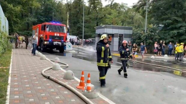 Киевские дома горят, фото: скриншот с видео Джедаи