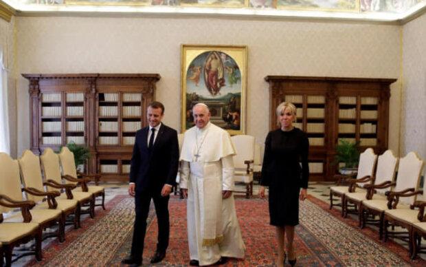 Еммануель та Брижит Макрон у Ватикані