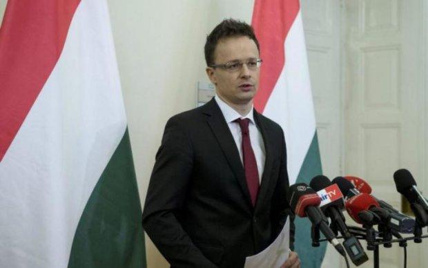 Венгрия вновь напала на Украину с бессмысленными обвинениями