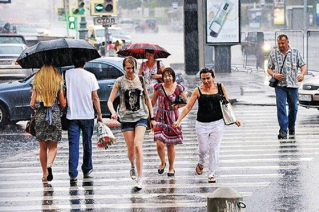 Погода на початок тижня: українці опиняться в епіцентрі аномалії, забудьте про спокій