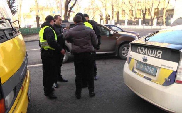 Водійські права в Україні: як уникнути війни на дорогах