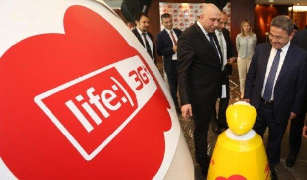 Турки могут выкупить долю Ахметова в life:) за долги