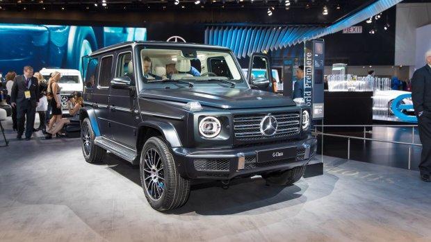 Політики готують мільйони: в Україні презентували оновлений Mercedes-Benz