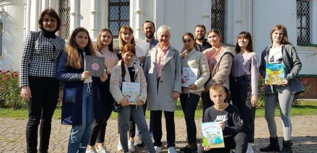 Родину Ніцой зачепив Covid-19, злягли найближчі: письменниця терміново звернулася до українців