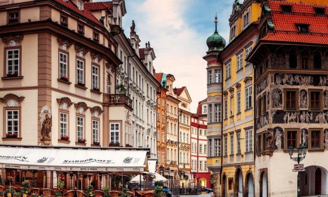 Чим здивує пивна столиця Європи: культура пабів і закусок у Празі