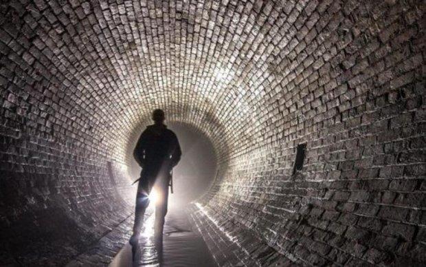 Осторожный монстр скрывался в подземелье