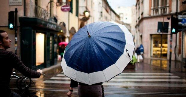 Запоріжці, готуйтеся мокнути: 27 вересня у місто прийдуть дощі