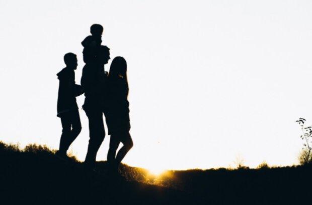Семья, фото freepik