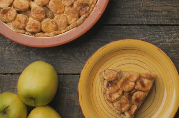 Американский яблочный пирог, фото: instagram.com/daniya_alt
