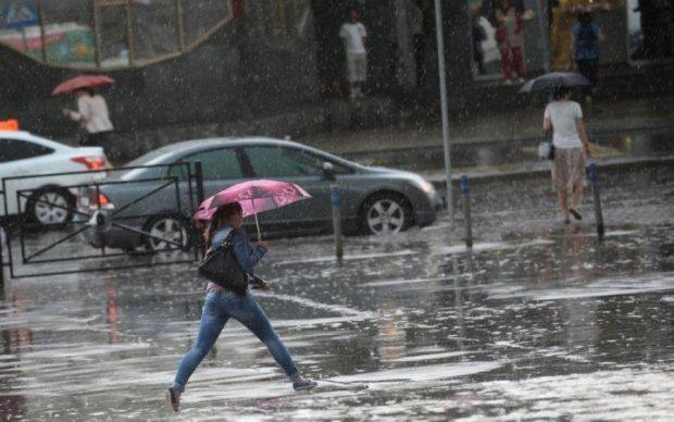Погода на 25 августа: жара и дождь опять потрепает украинцев