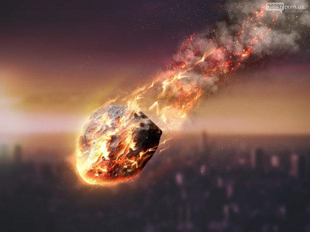 """В Україні перед Новим Роком впав метеорит: страшні наслідки """"подарунка"""""""