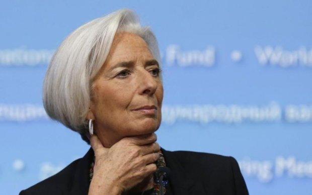 Несподівано! Сусід України відмовився від допомоги МВФ