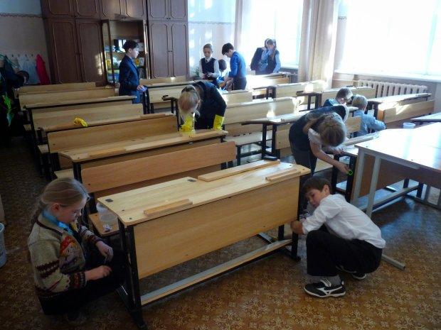 Уборка в классе: должны ли дети работать после уроков