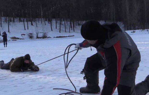 Спасение / скриншот из видео
