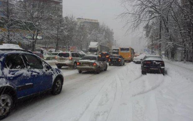 На метро: влада закликала киян відмовитись від власних автівок