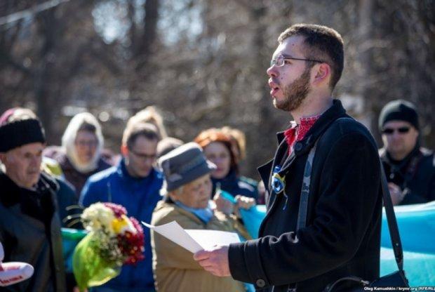 Кримського вчителя  за участь в шевченківській акції примушують звільнитися