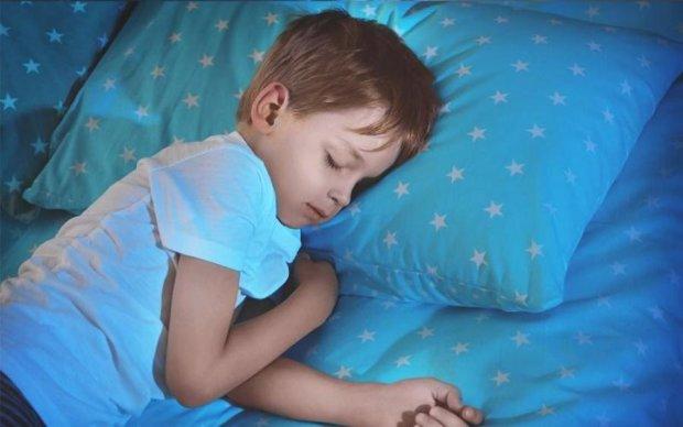 Спляча дитина налякала матір до напівсмерті