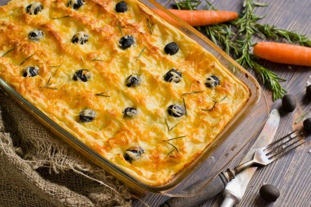 Отличный рецепт картофельной запеканки с беконом и луком