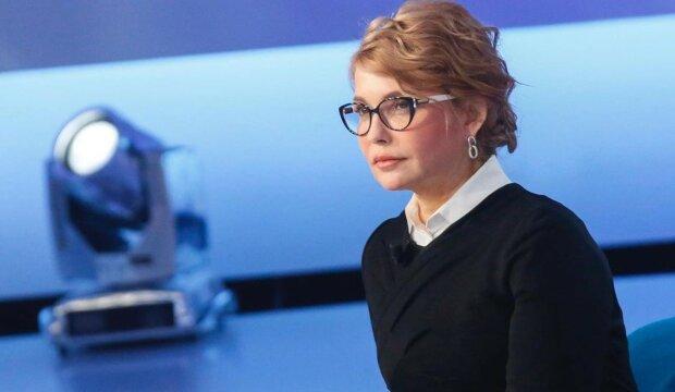 """Тимошенко з новою зачіскою помолодшала на 20 років, українці у захваті: """"Божественна, красуня"""""""