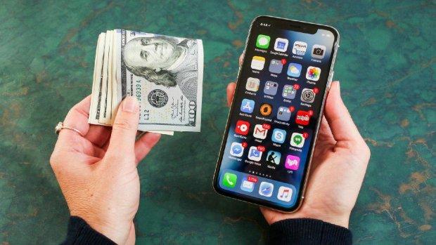Презентація Apple: світові показали бюджетник iPhone XR