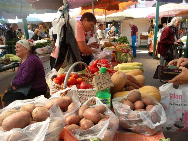 """Картопля за ціною золота: чому в Україні злетіли ціни на """"другий хліб"""" та до чого слід готуватися"""