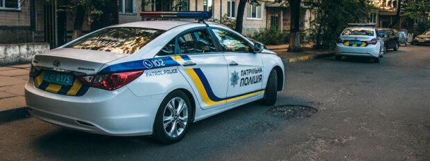 Ни стыда, ни совести: на Закарпатье полицейские жестоко нарушили ПДД, видео