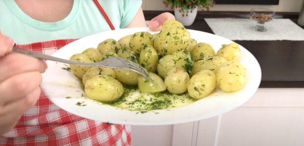 Молода картопля, скріншот: Youtube