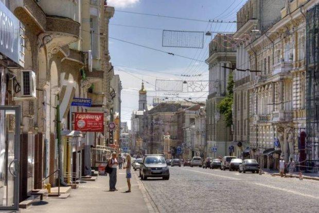 Харків'янин вигадав диявольський план, підказали колеса: довелося скрутити
