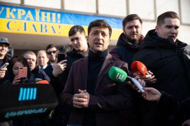 """""""Я не завидую нашему гаранту, у него сейчас один конкурент - это народ Украины"""", - Зеленский намекнул на борьбу Порошенко"""
