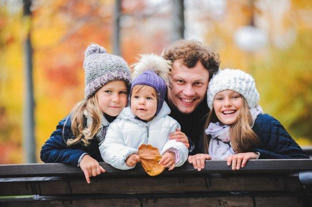 Андрей Пятов с детьми