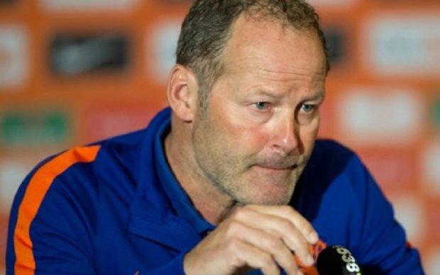 Тренера сборной Голландии по футболу уволили после позорного поражения