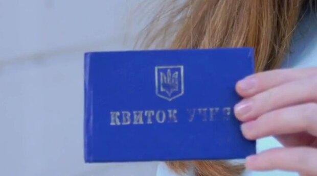 Філатов вручить електронні посвідчення школярам Дніпра - прогулювати уроки більше вийде