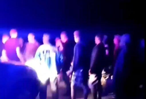 На Рівненщині два села бились дві доби поспіль, скрін з відео