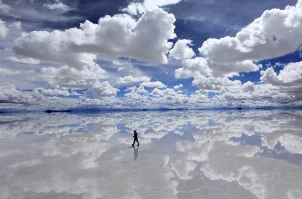 Гуляв по хмарах: унікальне явище потрапило на відео, ніхто не може пояснити