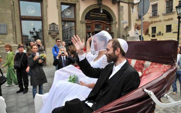 От синагог до музеев: вандалы уничтожают историческое наследие Одессы