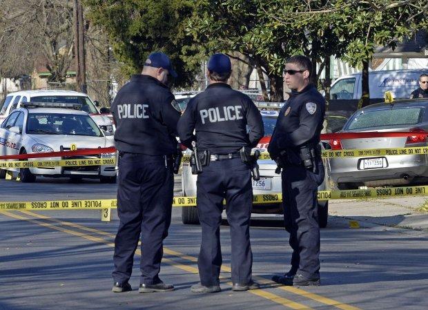 Дымовая завеса и десятки раненых: Калифорния оправляется от стрельбы, жертвы заговорили